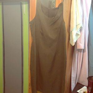 Dresses & Skirts - Dark olive green dress great for work